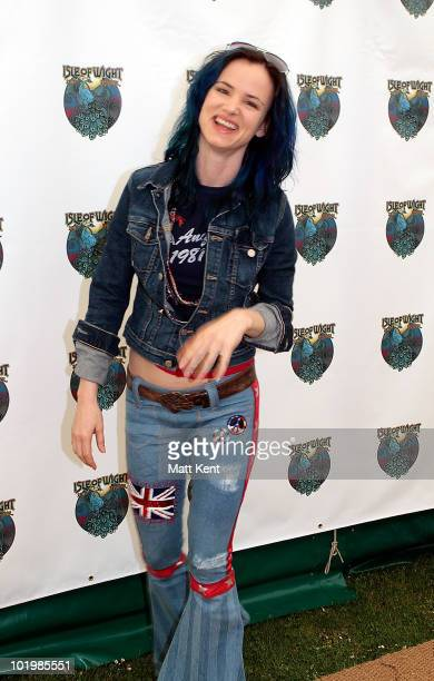 Juliette Lewis backstage at day 1 of the Isle Of Wight Festival at Seaclose Park on June 11 2010 in Newport Isle of Wight
