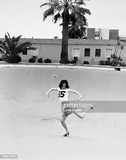 Juliette Lewis Dancing in Dry Swimming Pool