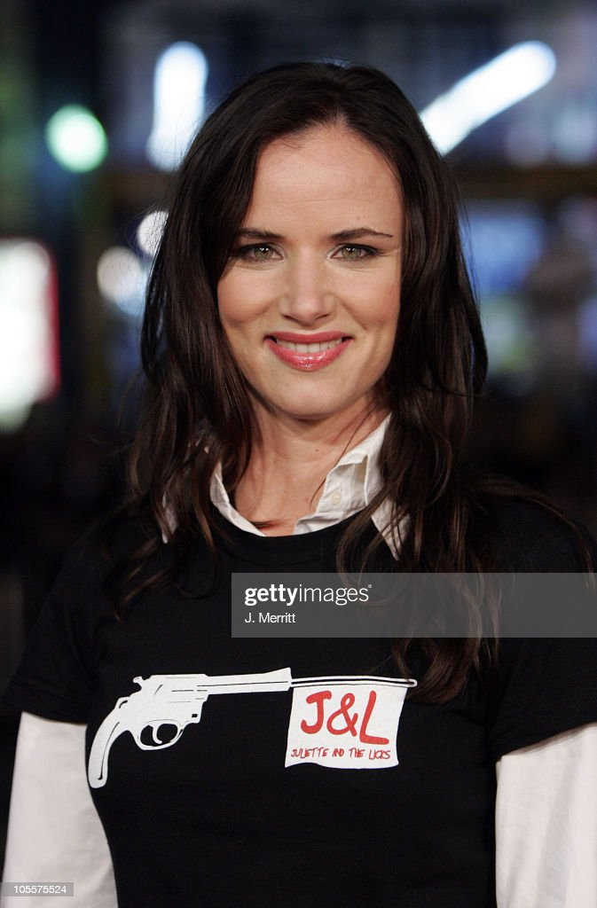 Juliette Lewis during 'Alexander' World Premiere - Arrivals at Grauman's Chinese Theater in Hollywood, California, United States.