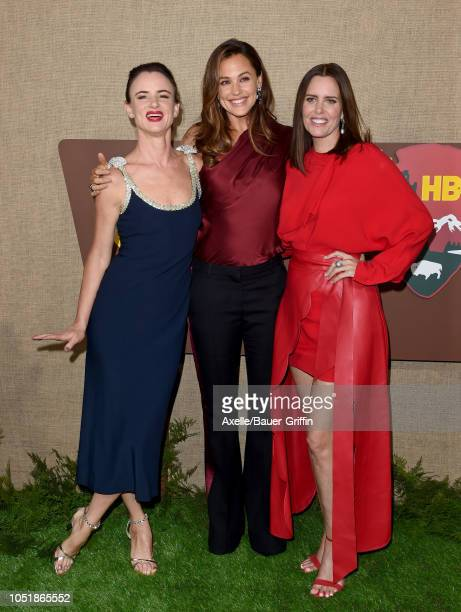 Juliette Lewis Jennifer Garner and Ione Skye attend the Los Angeles premiere of HBO series 'Camping' at Paramount Studios on October 10 2018 in...
