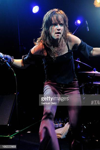 Juliette Lewis performs live at La Fleche d'Or on May 21 2010 in Paris France