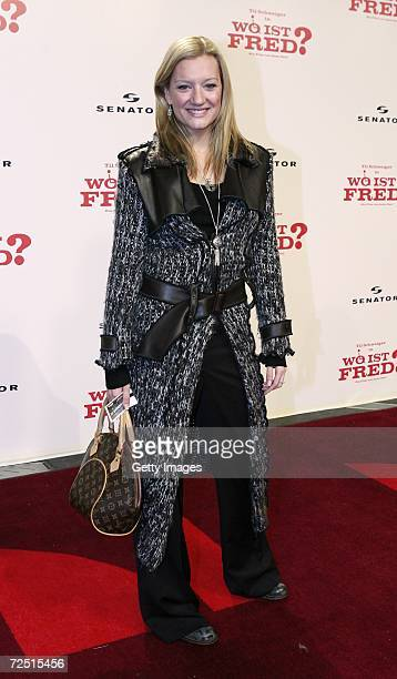Juliette Schoppmann arrives for the Premiere of Wo ist Fred at the Sony Center on November 12 2006 in Berlin Germany