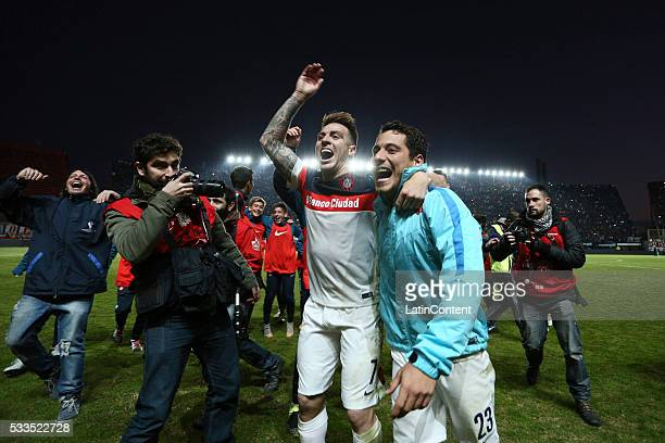 Julio Buffarini and Sebastian Blanco of San Lorenzo celebrate after a match between San Lorenzo and Banfield as part of Torneo Transicion 2016 at...