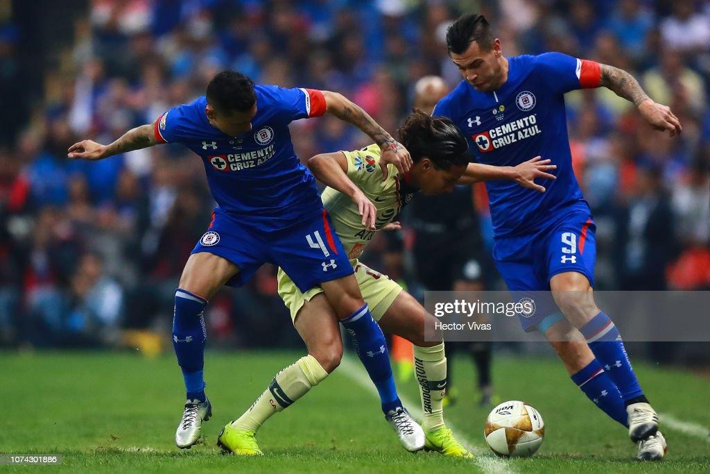 Cruz Azul v America - Final Torneo Apertura 2018 Liga MX : Fotografía de noticias