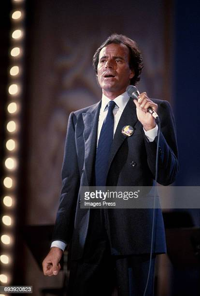 Julio Iglesias on stage during a Telethon for Colombia circa 1985 in New York City.