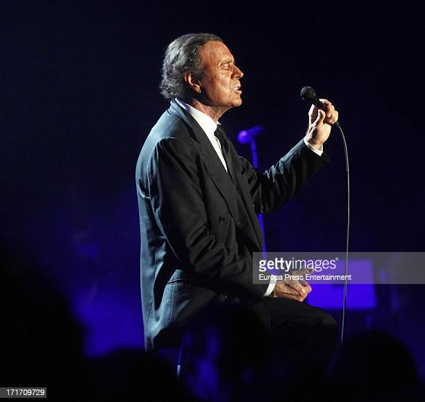 Julio Iglesias performs during his concert on June 26 2013 in Barcelona Spain
