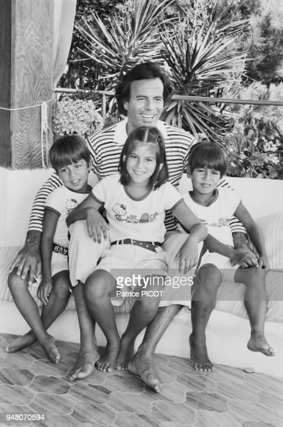Julio Iglesias with Enrique , Isabella and Julio Jr.