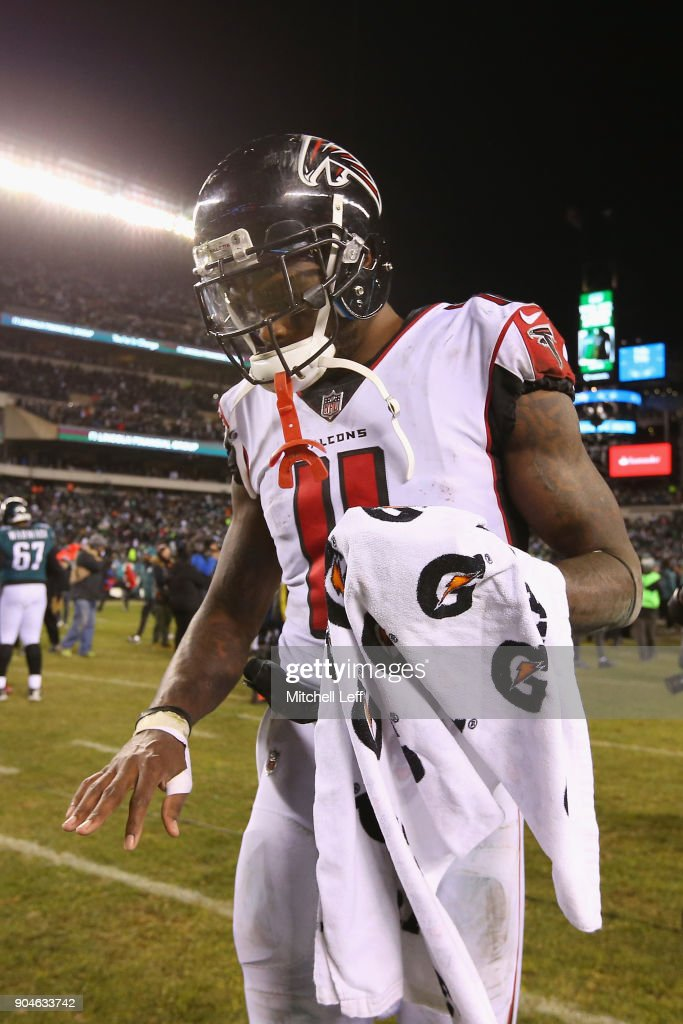 Julio Jones #11 of the Atlanta Falcons walks off the field after being defeated by the Philadelphia Eagles in the NFC Divisional Playoff game at Lincoln Financial Field on January 13, 2018 in Philadelphia, Pennsylvania.