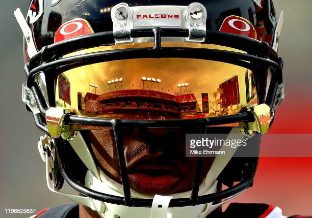 Julio Jones of the Atlanta Falcons warms up during a game against the Tampa Bay Buccaneers at Raymond James Stadium on December 29 2019 in Tampa...