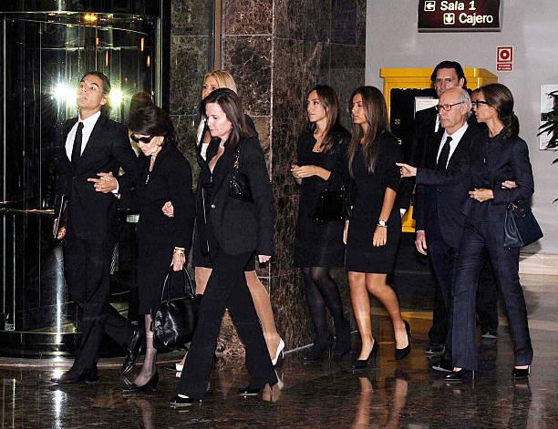 Isabel preysler and family attend morgue for beatriz for Tamara falco preysler