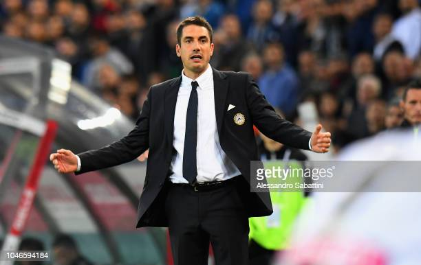 Julio Velàzquez head coach of Udinese Calcio reacts during the Serie A match between Udinese and Juventus at Stadio Friuli on October 6 2018 in Udine...