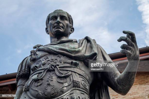 julius caesar bronze statue - emperor stock pictures, royalty-free photos & images