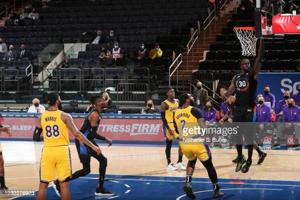 Julius Randle of the New York Knicks drives to the basket during the game against the Los Angeles Lakers on April 12, 2021 at Madison Square Garden...