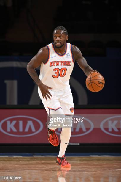Julius Randle of the New York Knicks handles the ball against the Detroit Pistons on March 4, 2021 at Madison Square Garden in New York City, New...