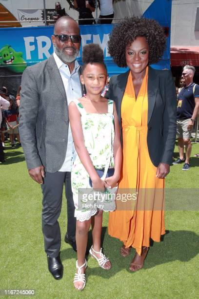 Julius Tennon Genesis Tennon and Viola Davis attend the Premiere of Sony's The Angry Birds Movie 2 on August 10 2019 in Los Angeles California