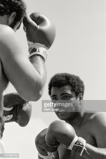 Muhammad Ali looks for an opening during an eight-round exhibition match against Lyle Alzado at Mile High Stadium on July 14, 1979 in Denver,...