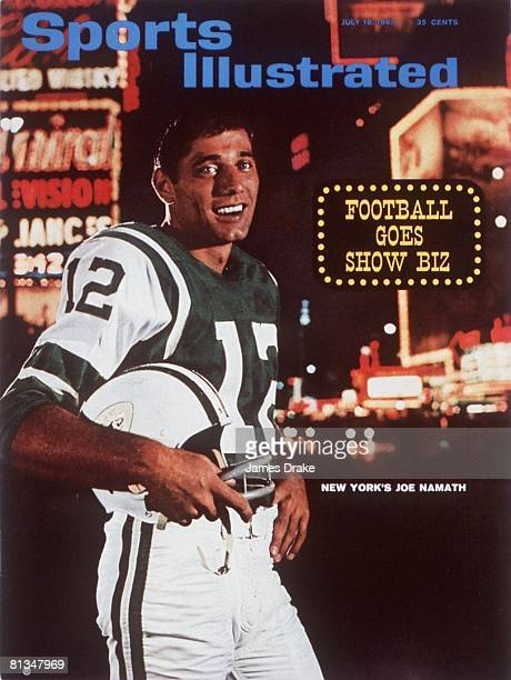 July 19 1965 Sports Illustrated Cover AFL Football Scenic portrait of New York Jets QB Joe Namath at Times Square New York NY 6/17/1965