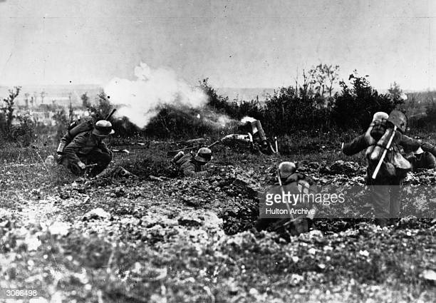 German soldiers in action on the battlefront at Kiel and Pohlberg in West Champagne