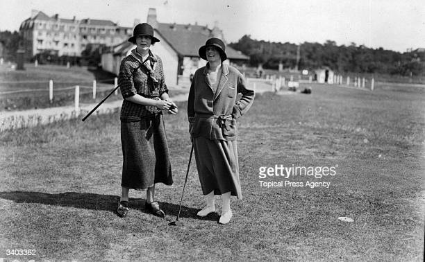Golfers Mrs Chapman and Mrs Earle at Le Touquet Golf Club