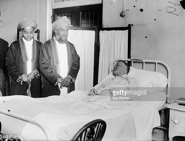 Seyyid Sir Kalim Bin Harub Sultan of Zanzibar visits the Tropical Diseases Hospital