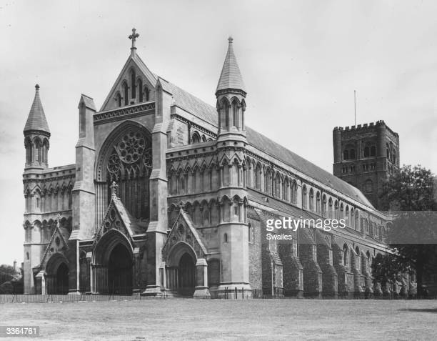 The cathedral at St Albans, Hertfordshire, which largely dates from the early Norman period.