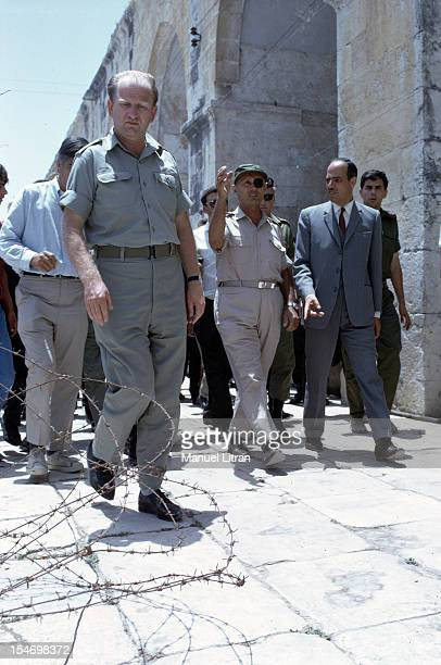 July 1967 after the 'Six Day War' Israel tripled its surface area The new frontier of the Hebrew state Moshe Dayan visited the Temple Mount in...
