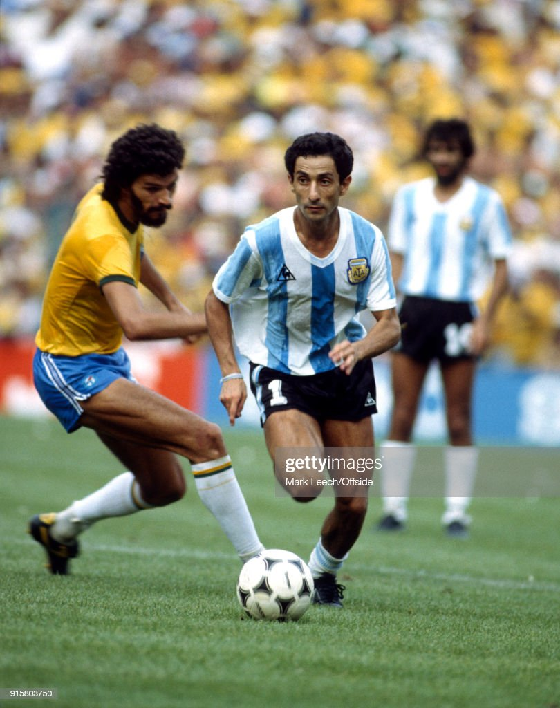 Argentina v Brazil : Osvaldo Ardiles of Argentina takes the ball past Socrates (photo by Mark Leech/Offside/Getty Images).