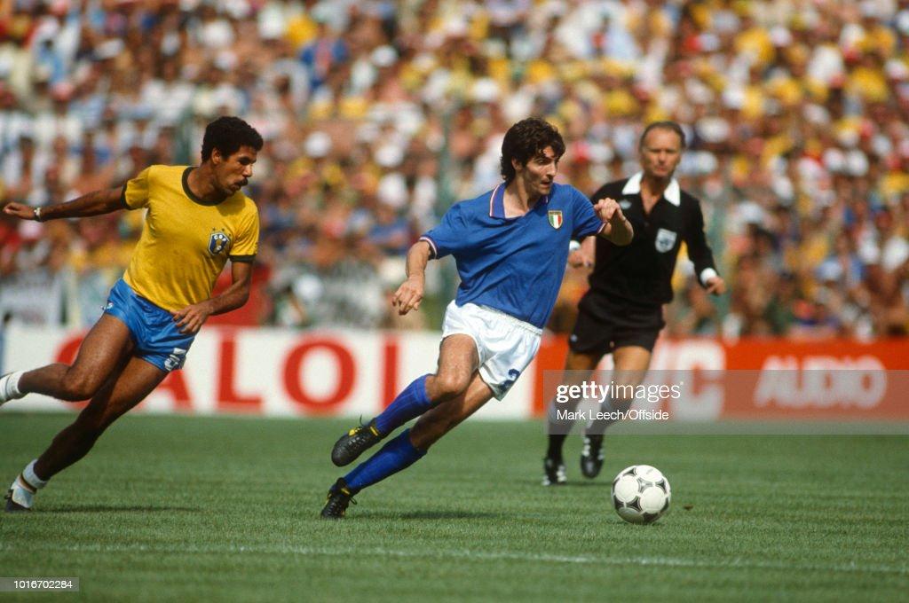 Italy v Brazil - FIFA World Cup : News Photo