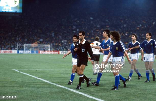 FIFA World Cup Final Argentina v West Germany referee CODESAL MENDEZ Edgardo is confronted by Argentinian players including captain Diego Maradona