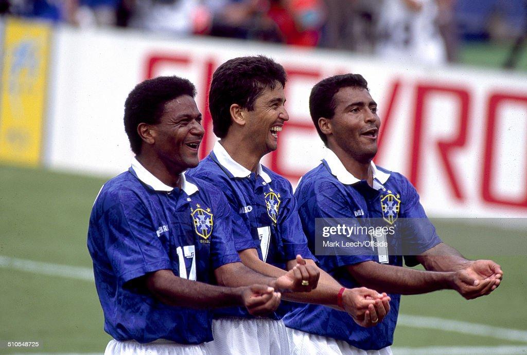 Brazil v Holland - USA '94 : News Photo