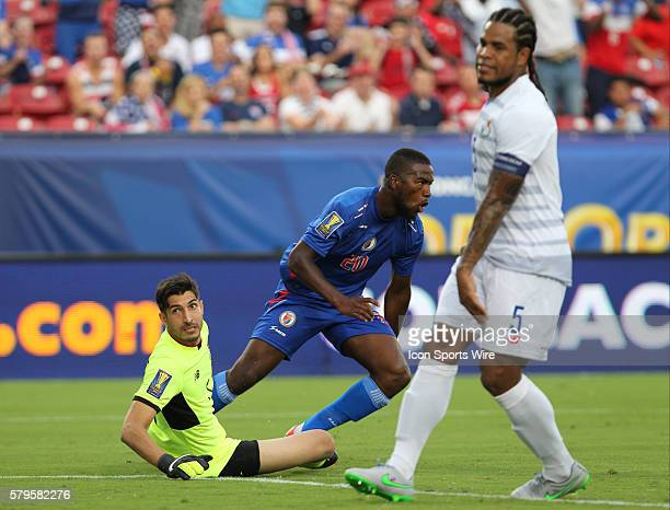 Panama goalkeeper Jamie Penedo and Panama defender Roman Torres react after Haiti forward Duckens Nazon scored a late goal during the Gold Cup Group...