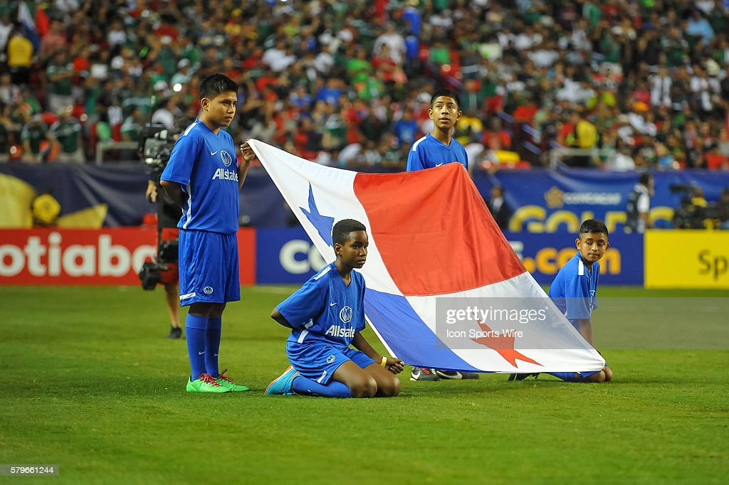 The Panamanian flag is present...