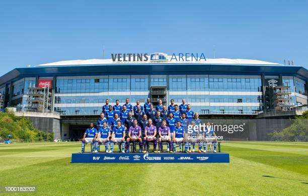 1st Soccer Bundesliga Season 2018/2019 Official FC Schalke 04 photo shoot with team photo 1st row left to right Bernard Tekpetey Sascha Riether...