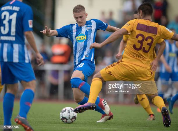 Test match Hertha BSC Dukla Prag Hertha's Sinan Kurt plays against Prague's Martin Chlumecky Photo Soeren Stache/dpa