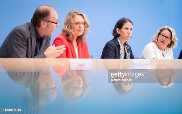 Federal Environment Minister Svenja Schulze presents three reports on the possible design of a CO2 price at the Federal Press Conference alongside...