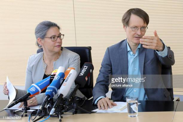 Nina Scheer and Karl Lauterbach answer questions from journalists at a press conference at the Jakob-Kaiser-Haus on their applications for the SPD...