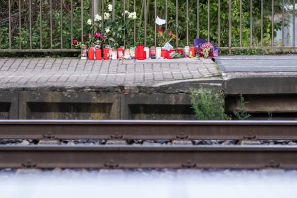 DEU: Woman Pushed Before Train And Killed