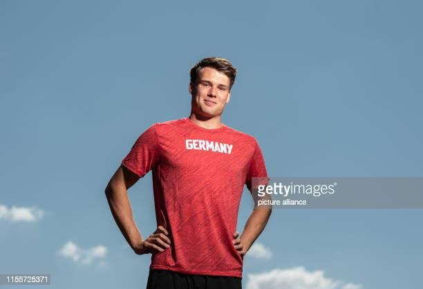 Sprinter Frieder Scheuschner stands in the Heinz Steyer Stadium Photo Robert Michael/dpaZentralbild/dpa