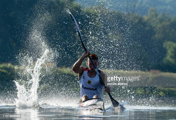 July 2019, Saxony, Dresden: Tom Liebscher, Olympic Canoe Champion, is training for the World Championships on the Elbe. The ICF Canoe Sprint World...