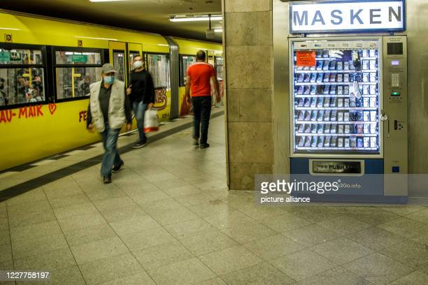 Machine for corona protection masks is located on a platform at the subway station Turmstraße in the Moabit district. For four weeks now, the Berlin...