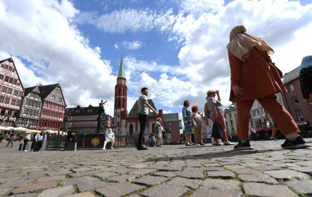 DEU: Tourist Slack In Frankfurt Am Main
