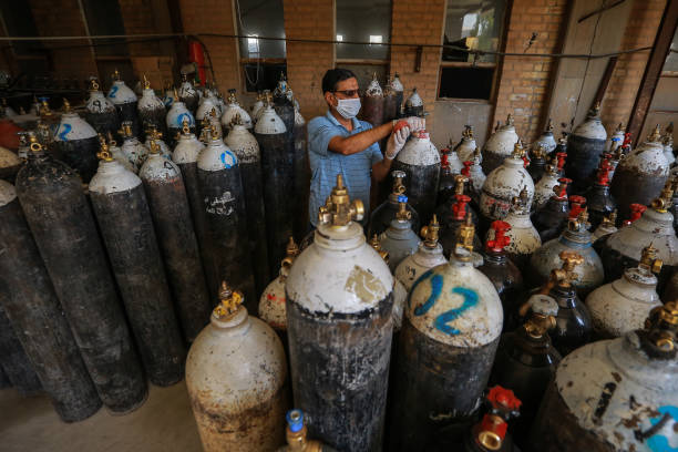 IRQ: Oxygen Cylinders Factory In Iraq