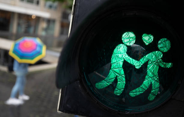 DEU: Same-Sex Traffic Lights