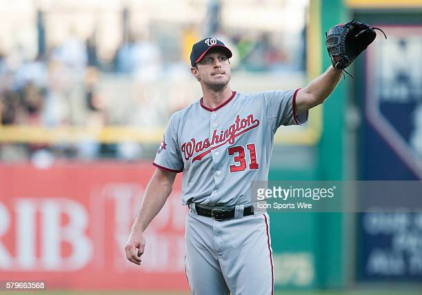 Washington Nationals starting pitcher Max Scherzer gets the ball back after giving up a two run home run to Pittsburgh Pirates first baseman Pedro...