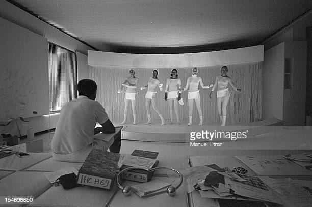 July 28 the fashion designer Andre Courreges rule the choreography models presenting the new winter collection of models from 1969 to 1970 in an...