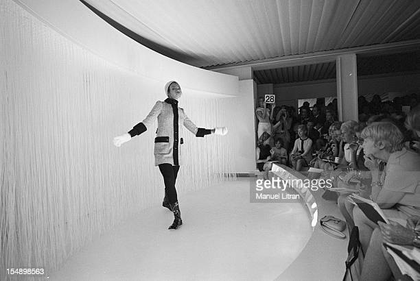July 29 presentation of new models of the 19691970 winter collection fashion designer Andre Courreges A mannequin facing the audience
