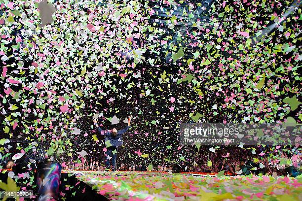 WASHINGTON DC July 9th 2012 Chris Martin of Coldplay performs as confetti cannons spray at the Verizon Center in Washington DC The band's 2011 album...