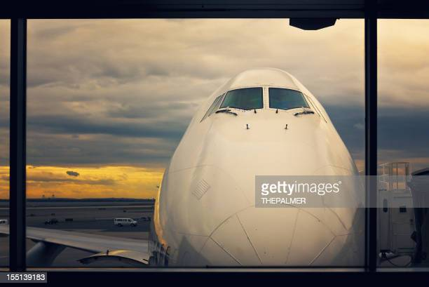 jumbo 747 at the gates