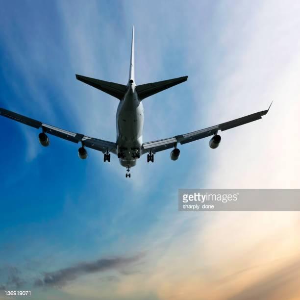 XXL jumbo jet Avion atterrissant