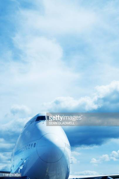 jumbo jet - airfield stock pictures, royalty-free photos & images